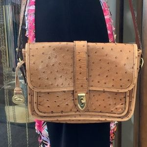 ❤️🌟Dooney and Bourke Ostrich Embossed Leather